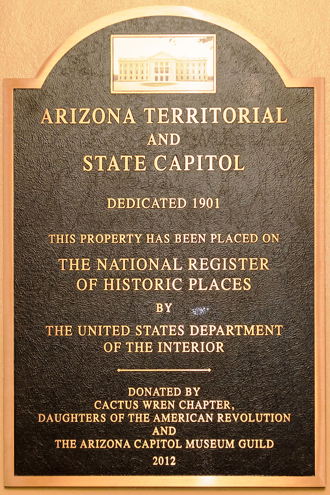 Photo of State Capitol Sign